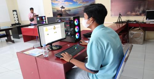 Siswa TKJ SMKN 2 Ternate Lolos Ke Tingkat Nasional Mata Lomba Desain Grafis